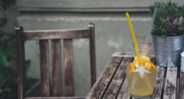 Przepis na orzeźwiającą i zdrową lemoniadę